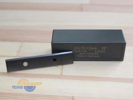 Нож сменный универсальный 60х12х1.5 T04F Tigra 012007